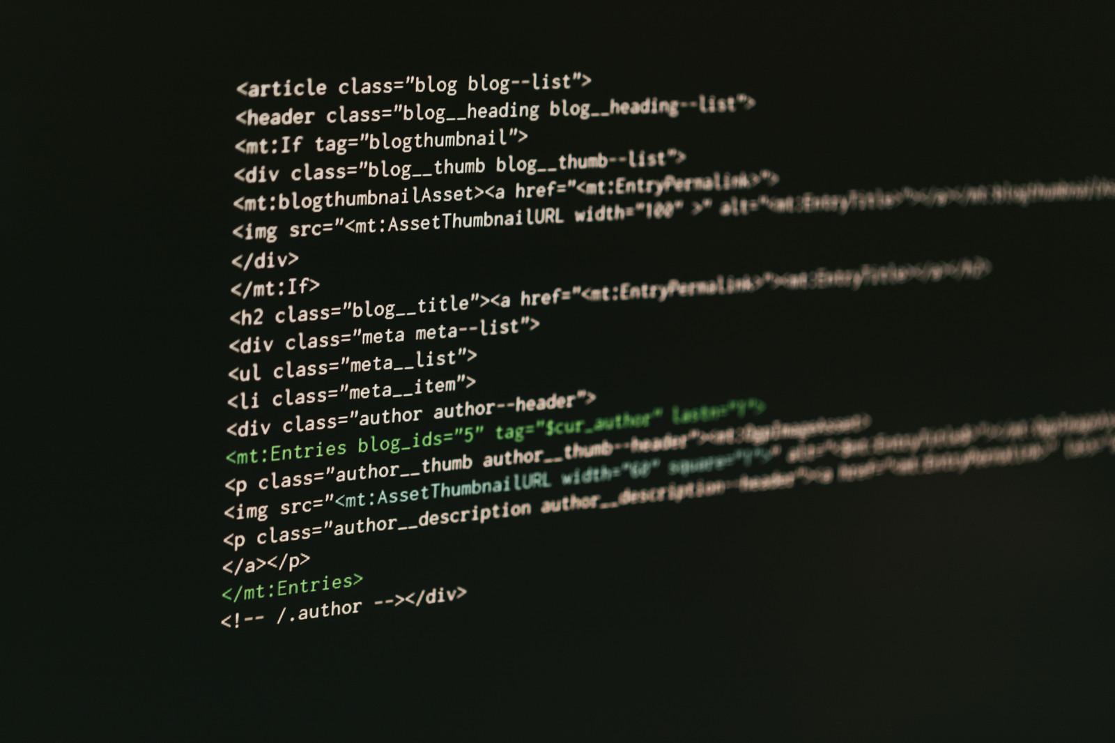 Excelでパスワードを付けて保存しないと見られる可能性が高い