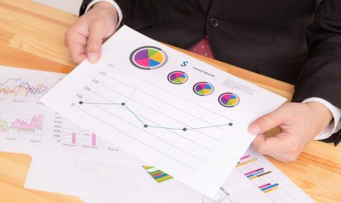 Excelのスパークライン機能でグラフを簡易的に作成できる